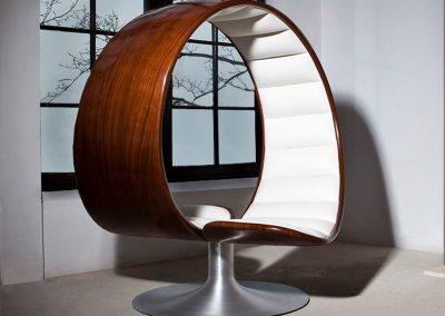 Gabriella-Asztalos-ballroom-hug-chair-s